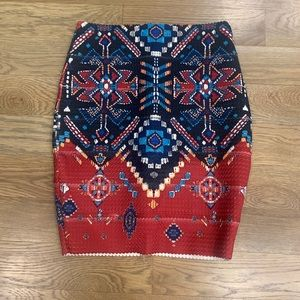 Patterned high wasted mini skirt